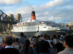 QE2 berths in Sydney, Australia for the last time February 24, 2008
