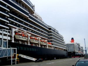 Queen Victoria 'stern to stern' with Cunard's newest 'ocean monarch' Queen Elizabeth at Zeebrugge, Belgium in May of 2012.(Baltic Cruise)
